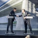 Hivatalosan is elrajtolt a komáromi Duna-híd építkezése
