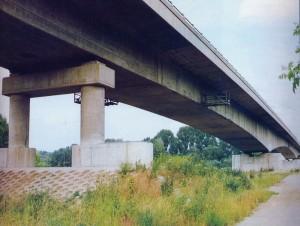 A szolnoki Szent István híd